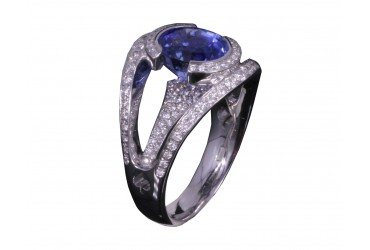 Elegance, fantasy and nonconformity: sapphire is the stone of Aquarius